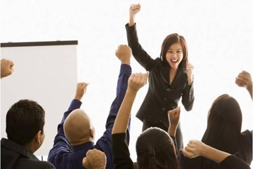 Cách vực dậy tinh thần cho nhân viên