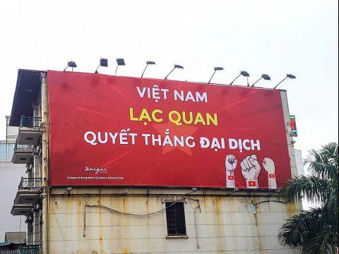 Banner cổ vũ Việt Nam quyết thắng đại dịch