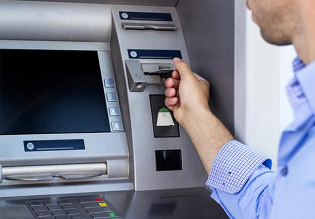 Quy định mới về trả lương qua ATM 2021