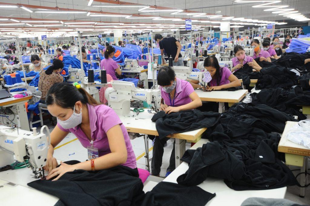 ngành dệt may thu hút nhân sự